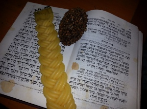 Havdalah Candle, Spice Bundle, and Hebrew Prayerbook