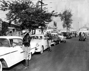 Whittier Blvd cruisers stopped by cops in East LA ; 1950s
