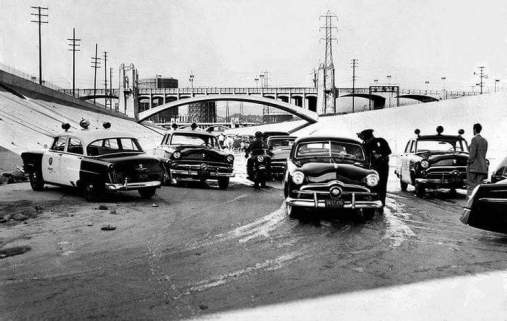 Drag Racers caught by Police on LA Riverbed
